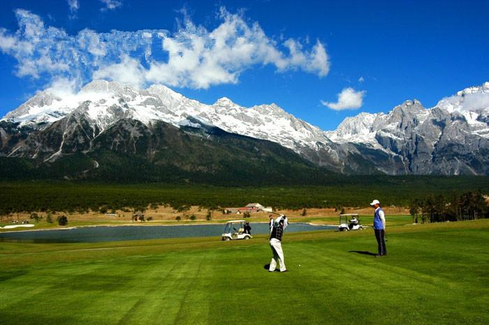 5 World Record Breaking Golf Courses!